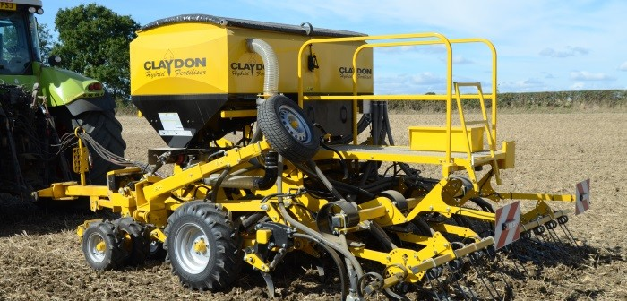 Claydon Hybrid 3m trailed drill 700