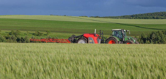 Vicon introduces high-tech iXtrack T3 trailed sprayer