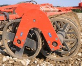 Double-U roller now available on Kuhn's range of Performer deep tine-disc cultivators