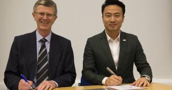 L:R - Dr David Llewellyn, Justin Gong